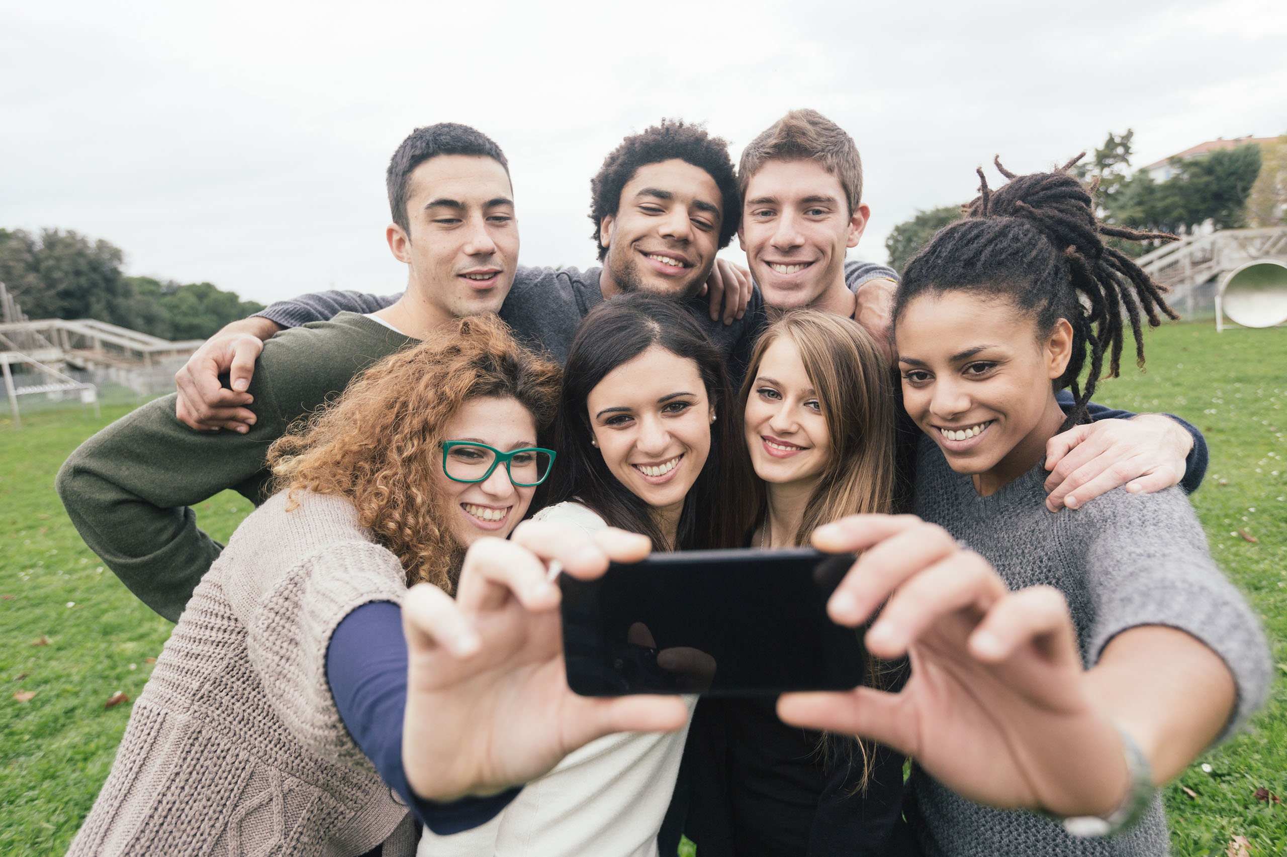 how-to-successfully-connect-your-bank-with-millennials-and-gen-Z
